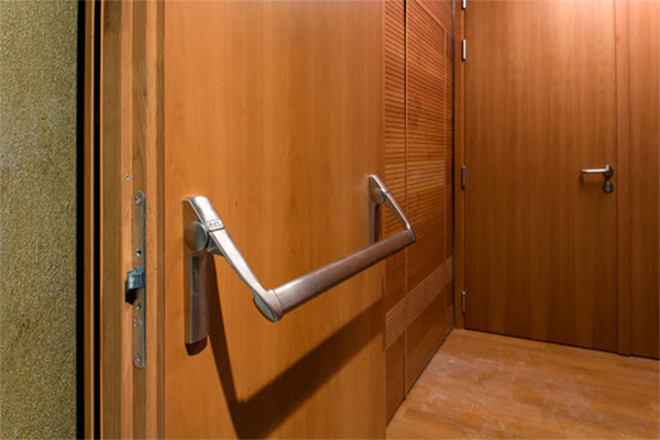 Sound proof acoustic insulated hotel doors made in Turkey 6